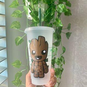 Baby Groot Starbucks cup